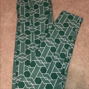 EUC Ladies Lularoe TC Green & White leggings